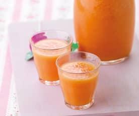 Sumo de melancia, laranja e maracujá