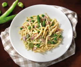 Trofie fave, asparagi e pancetta