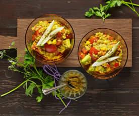 Quinoasalat mit Gemüse und Kräutern