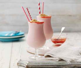 Koktajl mleczny o smaku sernika truskawkowego