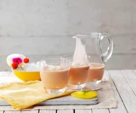 Tropikalne smoothie z truskawkami