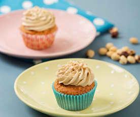 Kávové cupcaky s lískovými ořechy