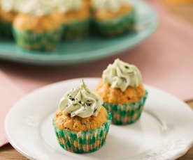 Slaninové cupcaky se sýrem a bylinkami