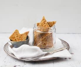 Krakersy z kapustą kiszoną i nasionami konopi