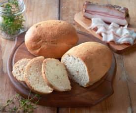 Pane al lardo e timo