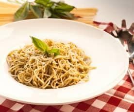 Spaghetti z cytrusowym pesto