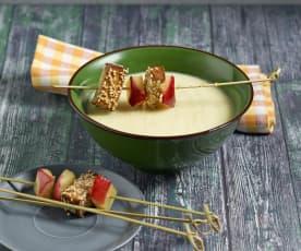 Chicorée-Apfelsuppe mit Sesam-Räuchertofu