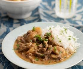 Massaman Curry mit Rindfleisch