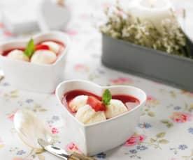 Lody waniliowe z brzoskwiniami i sosem malinowym