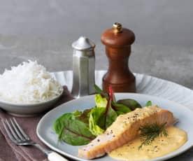 Salmão com molho de aneto e arroz basmati