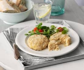 Lachsbratlinge mit Gruyère und Salat