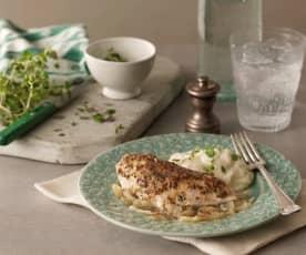 Miodowo-musztardowy kurczak z czosnkowym purée z kalafiora