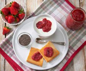 Composta di fragole e semi di chia (senza zuccheri aggiunti)
