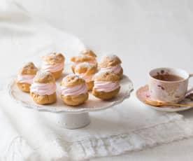 Choux puffs with Swiss meringue