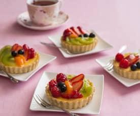 Fresh fruit and cream cheese tarts