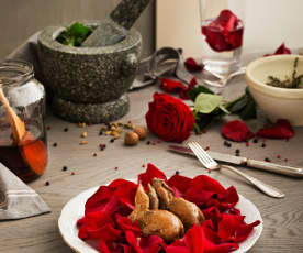 Quaglie ai petali di rosa (alla maniera de Come l'acqua per il cioccolato)