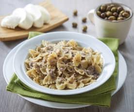 Farfalle alle olive e mozzarella