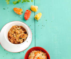 Bifes de frango picantes com arroz de pimentos