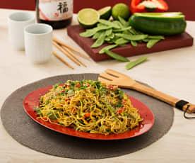 Noodles con verdure al curry