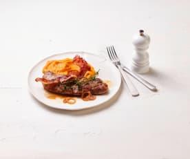 Schnitzel mit Süßkartoffel-Speck-Püree