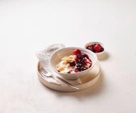 Vanillenudeln mit marinierten Früchten
