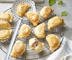 Teigtaschen mit Ricotta und Salsiccia