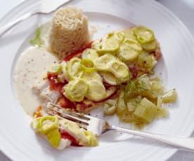 Fisch mit Porree-Käse-Haube, Reis, Fenchel und Zitronensauce
