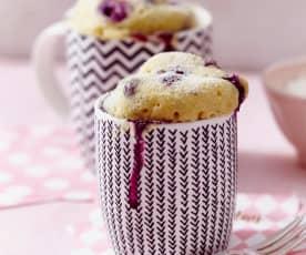 Vanille-Heidelbeer-Mug-Cakes