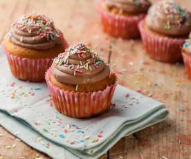 Cupcake con frosting alla crema gianduia