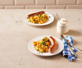 Kartoffel-Möhren-Gemüse mit Bratwurst