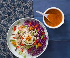 Zuppa di noodles vietnamita (Bun bo hue)