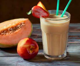 Smoothie allo yogurt e frutta