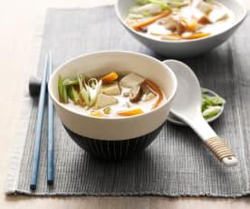 Misosuppe mit Gemüse