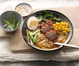 Soupe de nouilles ramen japonaise