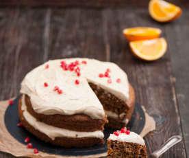 Ciasto marchewkowe z kardamonem i kremem z tahini