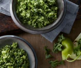 Grünkohl-Apfel-Salat