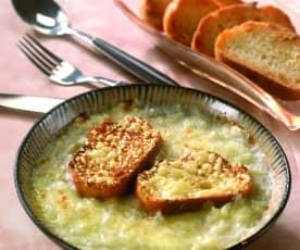 Zuppa di cipolle al Parmigiano