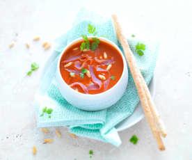 Soupe de tomate aux copeaux de jambon de Bayonne