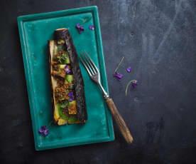 Grilovaný pórek, bylinkové máslo a krambl z chleba