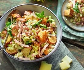 Wurstsalat mit Laugencroutons