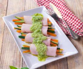 Involtini di tacchino con verdure e salsa al sedano