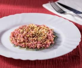 Risotto alla barbabietola rossa con gorgonzola e nocciole