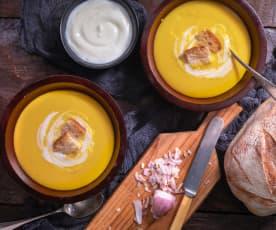 Vellutata di zucca allo yogurt greco