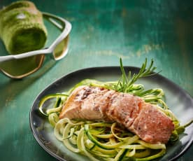 Balsamicozalm met courgettenoedels