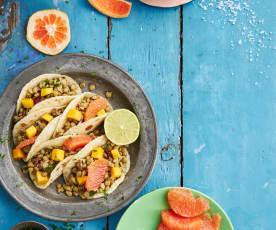 Tacos mit fruchtiger Linsenfülle