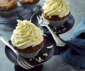 Marzipan-Mohn-Cupcakes