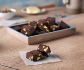 Fudge de chocolate y pistachos