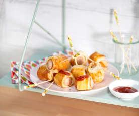 Feuilletés aux saucisses de Francfort et ketchup