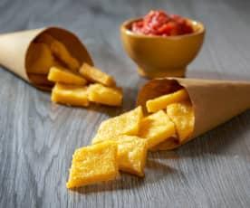 Rombi di polenta fritta con salsa dip al pomodoro