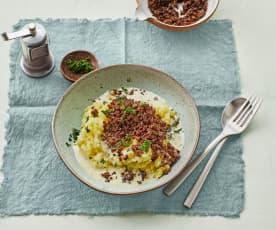 Kartoffel-Spitzkohl-Stampf mit Hack und Rahmsauce